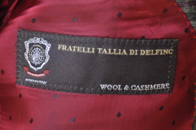 DSC3159 お客様のスーツの紹介-TALLIA DI DELFINO グリーンチェックダブルスーツ-