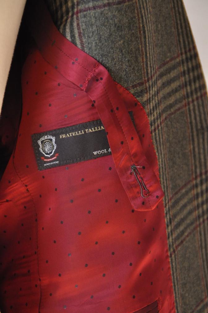 DSC3160 お客様のスーツの紹介-TALLIA DI DELFINO グリーンチェックダブルスーツ-