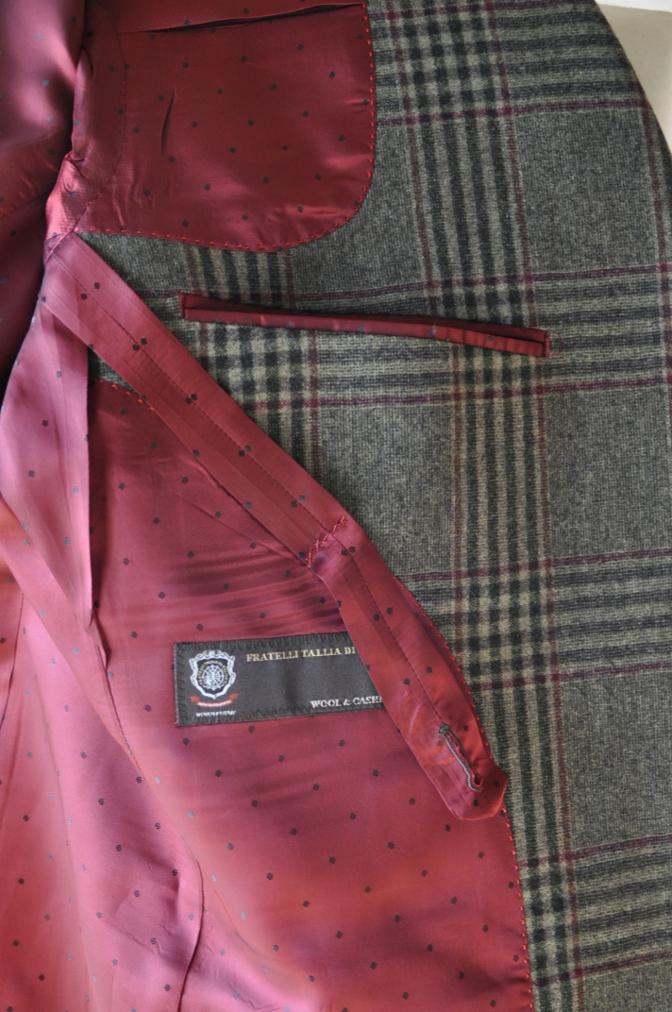 DSC3162 お客様のスーツの紹介-TALLIA DI DELFINO グリーンチェックダブルスーツ-