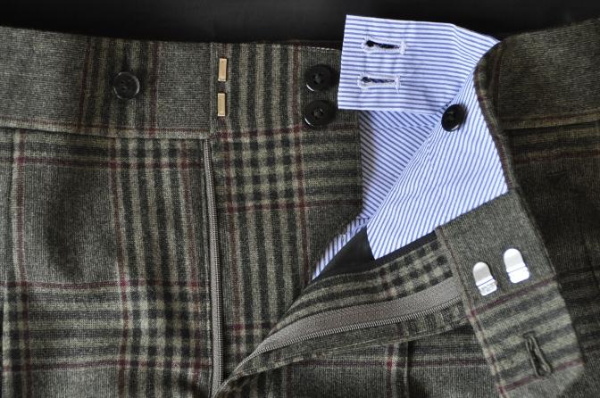 DSC3165 お客様のスーツの紹介-TALLIA DI DELFINO グリーンチェックダブルスーツ-