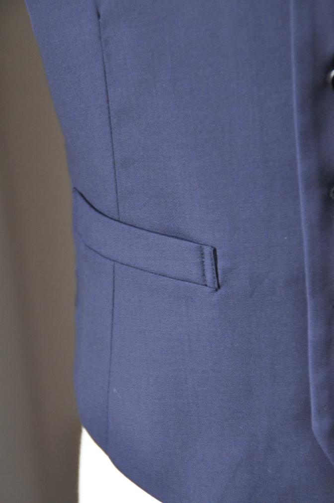 DSC3183 お客様のスーツの紹介-TALLIA  DI  DELFINO ネイビースリーピース-