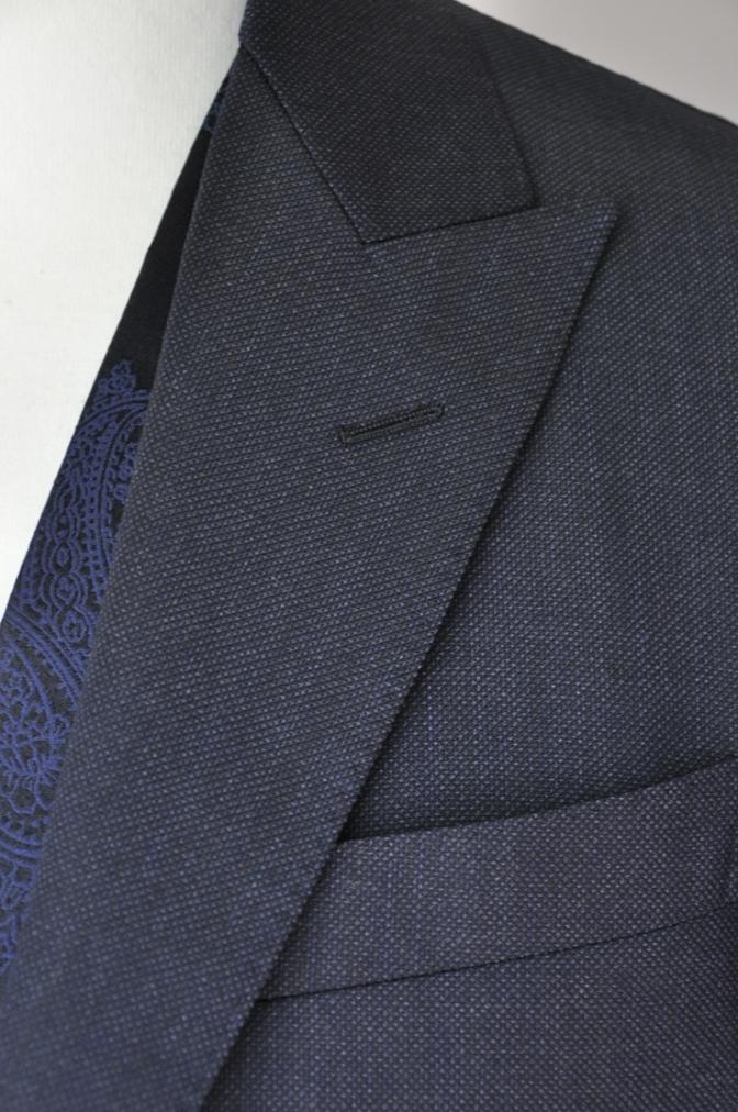 DSC3213 お客様のウエディング用衣装の紹介-BIELLESIネイビーS上下+ペイズリーベスト-