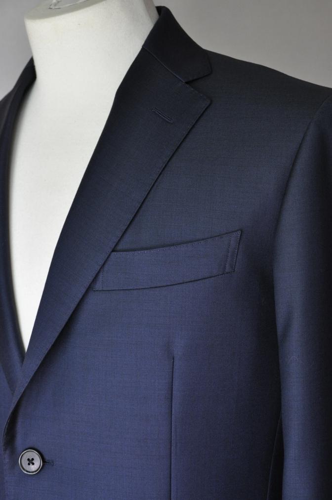 DSC32361 お客様のスーツの紹介-CANONICO 無地ネイビースーツ-