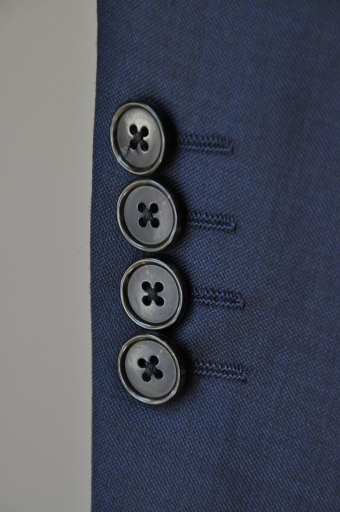 DSC32411 お客様のスーツの紹介-CANONICO 無地ネイビースーツ-