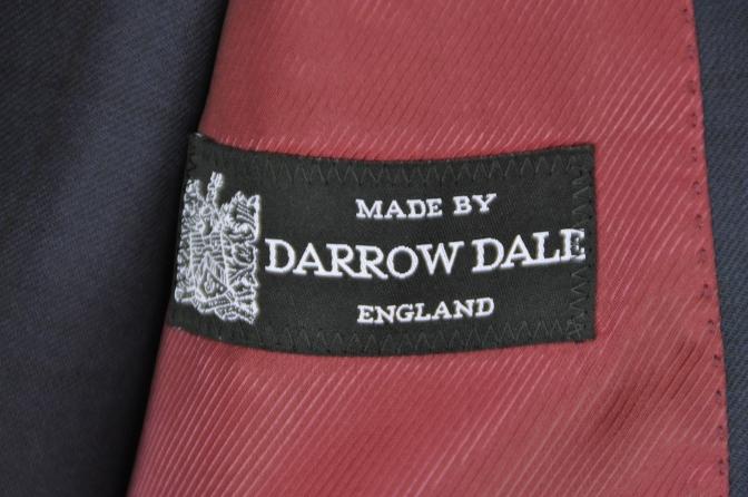 DSC32611 お客様のスーツの紹介-DARROW DALEネイビーウィンドペーンスリーピース- 名古屋の完全予約制オーダースーツ専門店DEFFERT