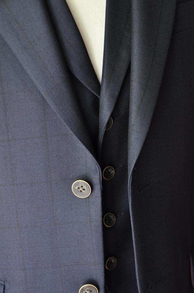 DSC32661 お客様のスーツの紹介-DARROW DALEネイビーウィンドペーンスリーピース- 名古屋の完全予約制オーダースーツ専門店DEFFERT