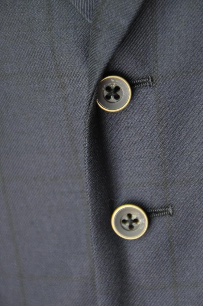 DSC32721 お客様のスーツの紹介-DARROW DALEネイビーウィンドペーンスリーピース- 名古屋の完全予約制オーダースーツ専門店DEFFERT
