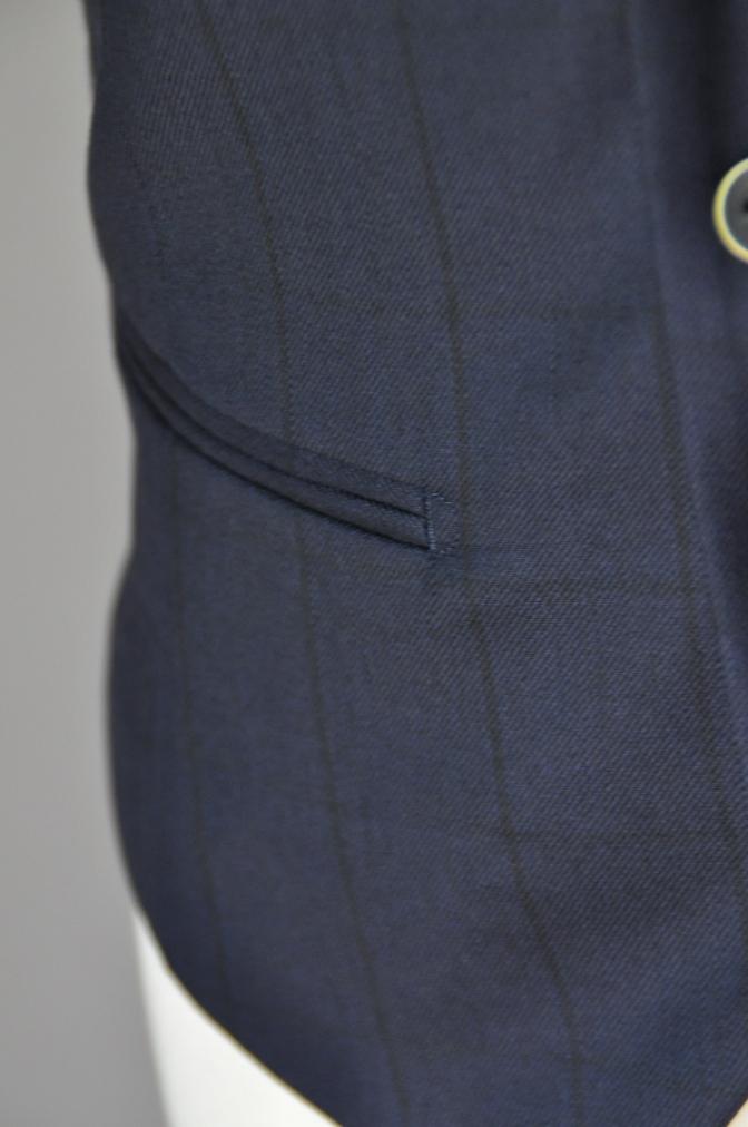 DSC32731 お客様のスーツの紹介-DARROW DALEネイビーウィンドペーンスリーピース- 名古屋の完全予約制オーダースーツ専門店DEFFERT