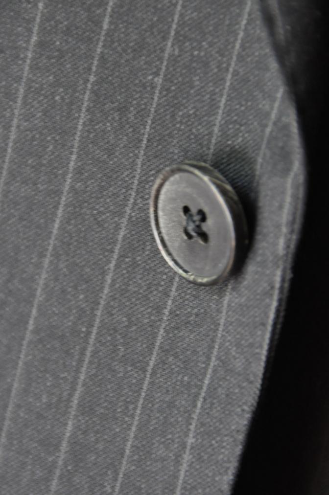 DSC32861 お客様のスーツの紹介-BIELLESI チャコールグレーストライプ スリーピース-