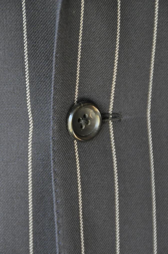 DSC3287 お客様のスーツの紹介-DARROW DALE ネイビーストライプ-