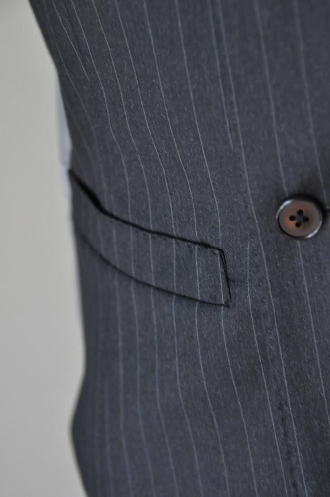 DSC32921 お客様のスーツの紹介-BIELLESI チャコールグレーストライプ スリーピース-