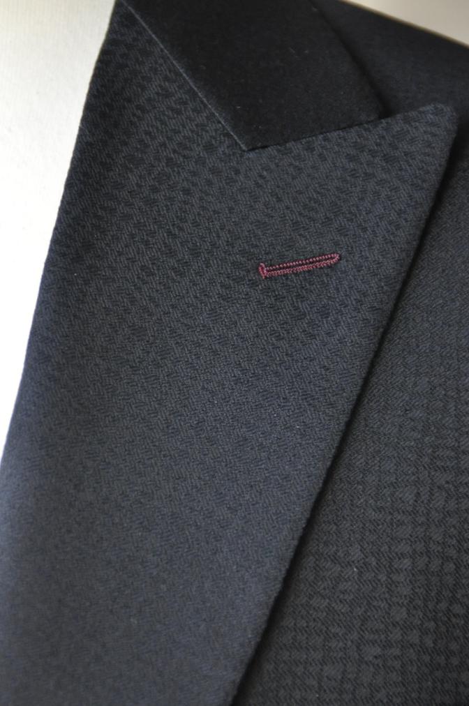 DSC3355 お客様のスーツの紹介-COLLEZIONI BIELLESI ブラック-