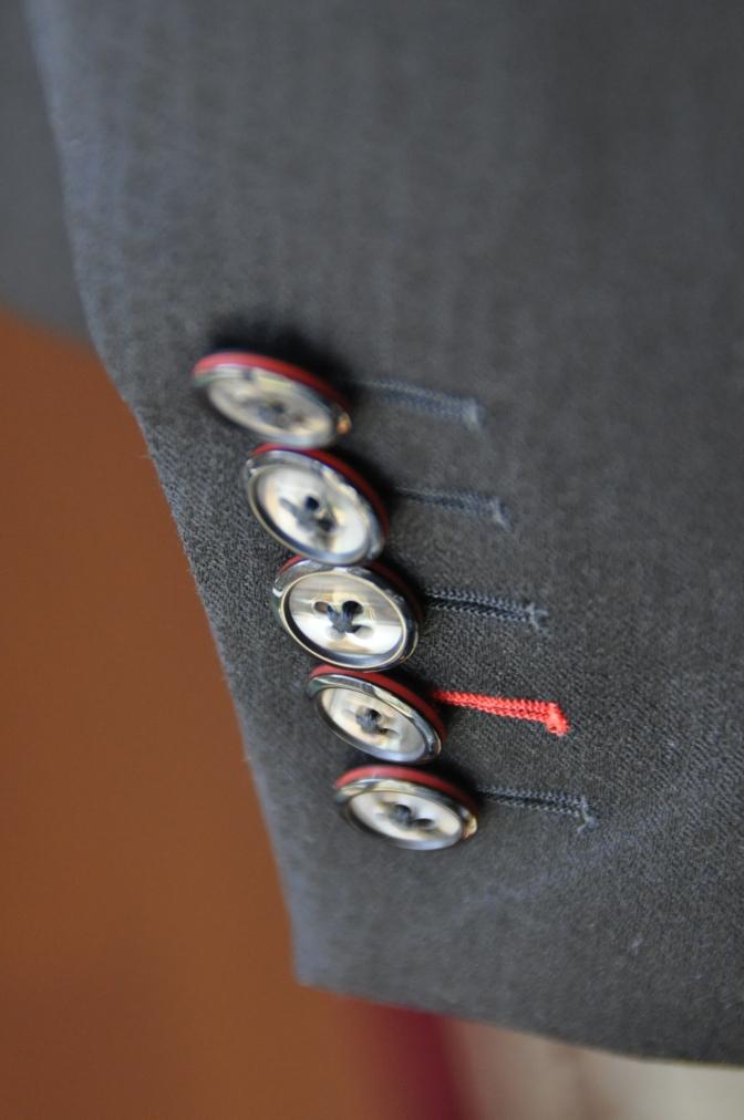 DSC3362 お客様のスーツの紹介-COLLEZIONI BIELLESI ブラック-