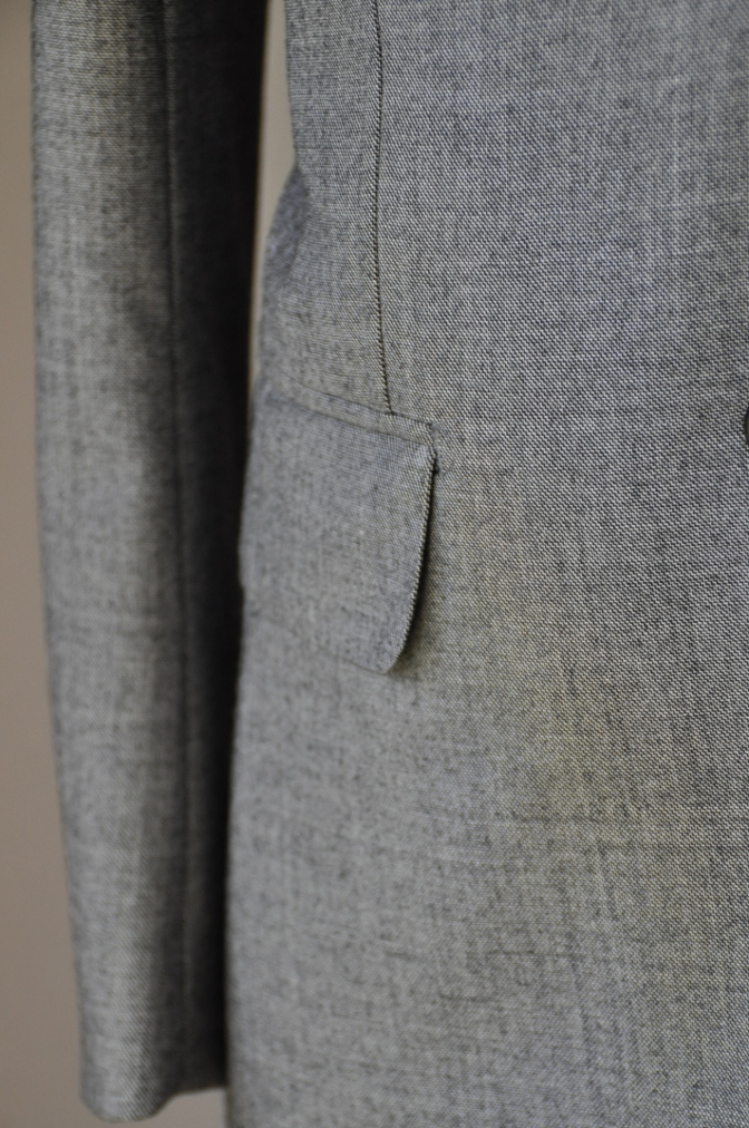DSC3410 お客様のスーツの紹介-グレースーツ-