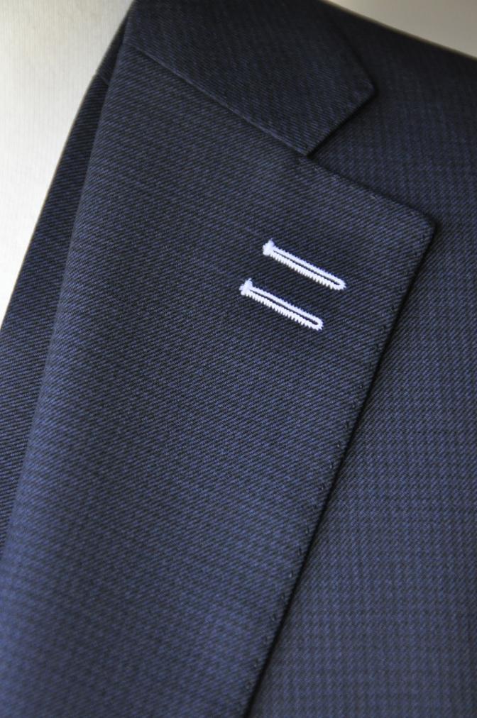 DSC3421 お客様のスーツの紹介-ネイビー千鳥格子 スリーピース-