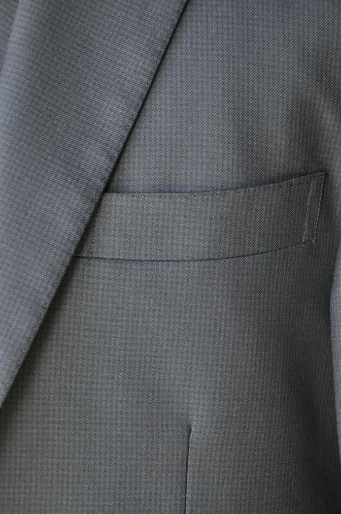 DSC3422 お客様のスーツの紹介-ネイビー千鳥格子 スリーピース-