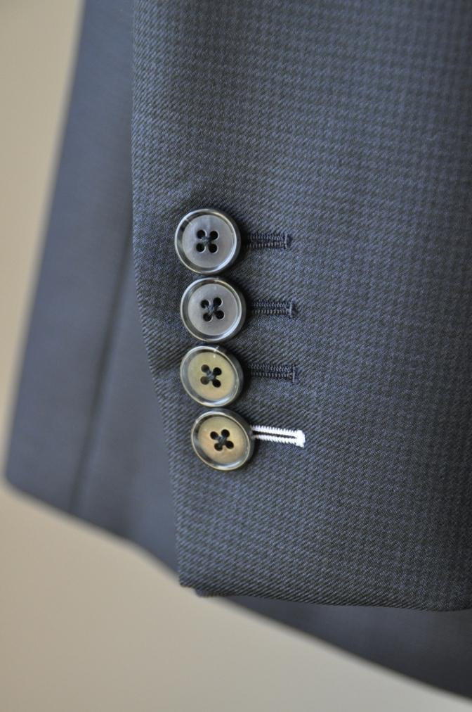 DSC3425 お客様のスーツの紹介-ネイビー千鳥格子 スリーピース-