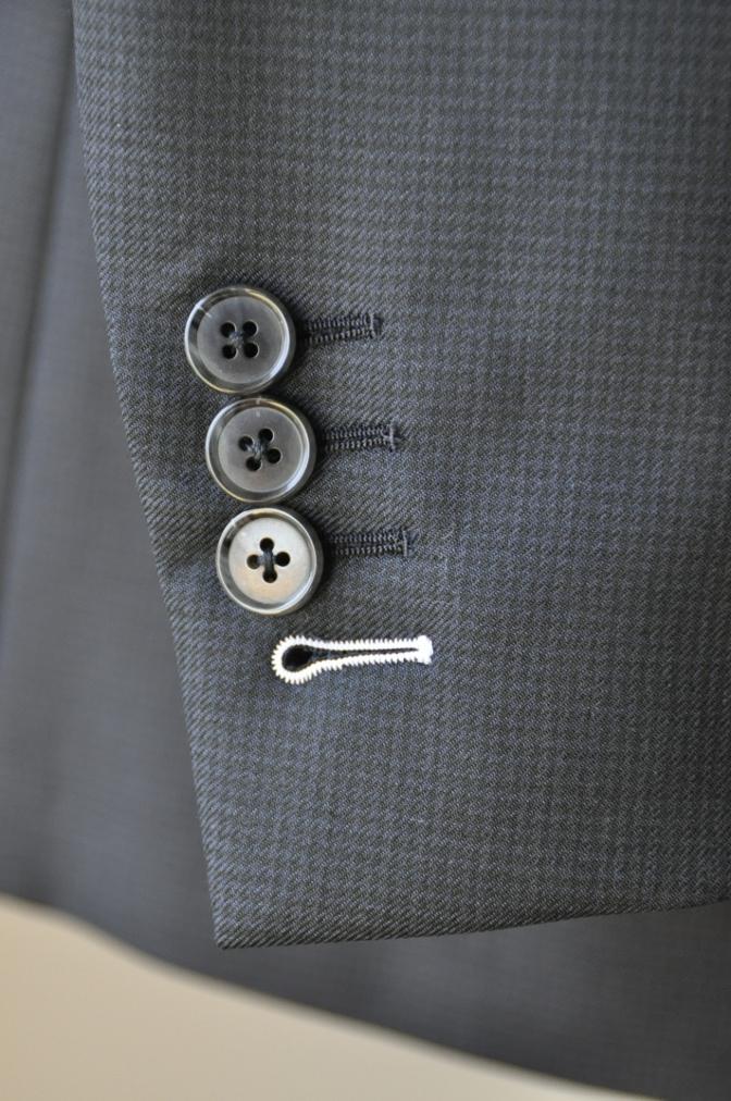 DSC3426 お客様のスーツの紹介-ネイビー千鳥格子 スリーピース-