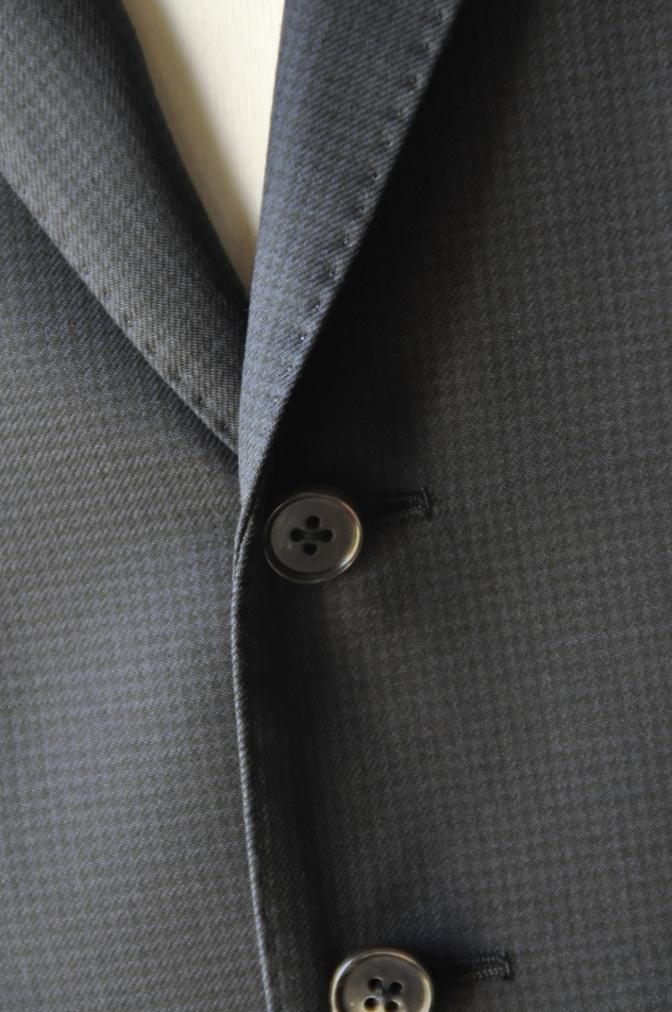 DSC3429 お客様のスーツの紹介-ネイビー千鳥格子 スリーピース-