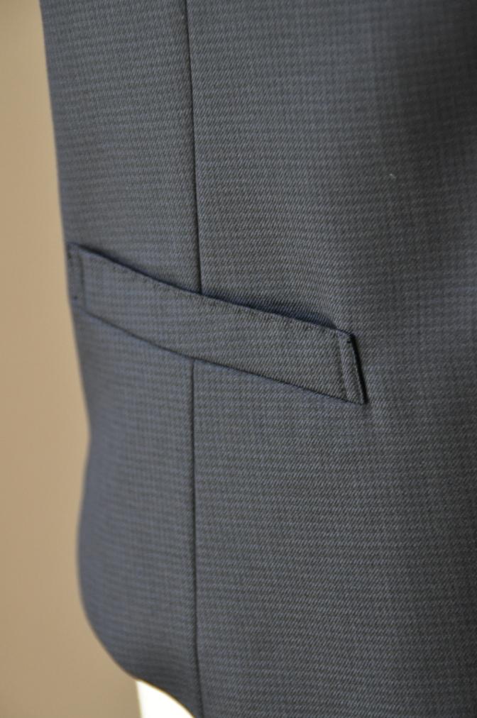 DSC3430 お客様のスーツの紹介-ネイビー千鳥格子 スリーピース-