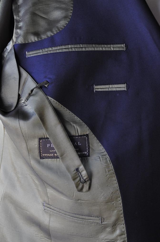 DSC3450 お客様のスーツの紹介-CANONICO ネイビ- ダブルスーツ-
