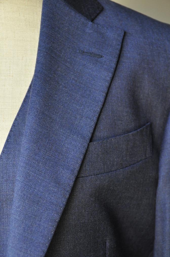 DSC3461 お客様のスーツの紹介-御幸毛織 無地ネイビースリーピース-
