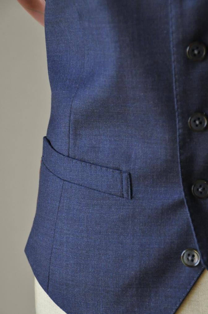 DSC3473 お客様のスーツの紹介-御幸毛織 無地ネイビースリーピース-
