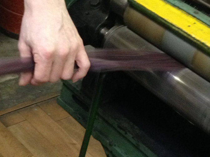 IMG_1633 御幸毛織 工場見学レポート(3) おまけ~糸の色~