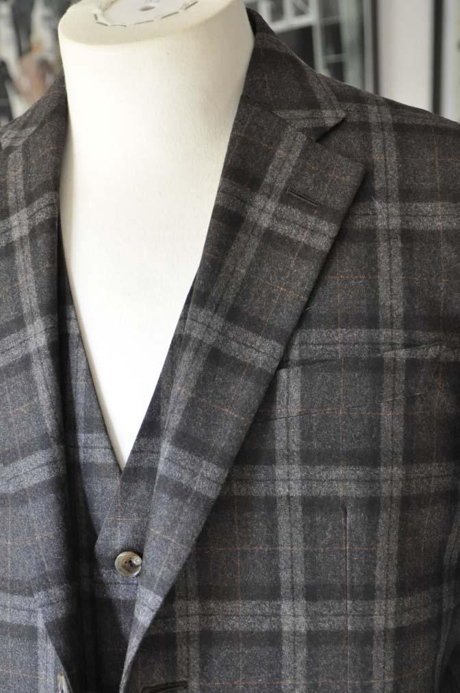 TC_DSC0254 お客様のスーツの紹介 名古屋の完全予約制オーダースーツ専門店DEFFERT