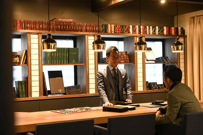 TP2_2728-2 店舗情報 名古屋の完全予約制オーダースーツ専門店DEFFERT