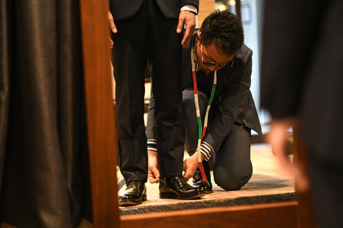 TP2_2891-1 DEFFERTのオーダースーツへのこだわりと強み 名古屋市西区那古野オーダースーツ専門店