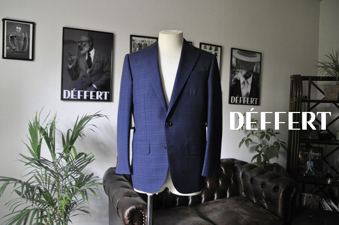 b994c040a8193784685a9c1b1f203612 お客様のスーツの紹介-HOLLAND&SHERRY Cool Breezeネイビーチェックスーツ- 名古屋の完全予約制オーダースーツ専門店DEFFERT