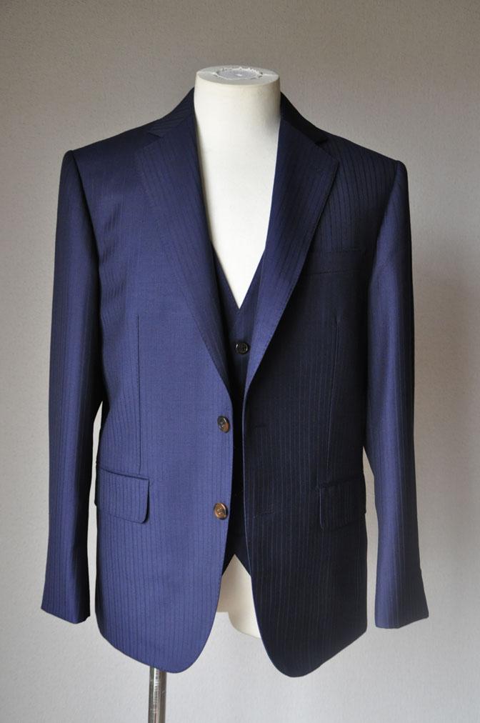 c789fcaeaa7eff84056a686c81a86a0f お客様のスーツの紹介-御幸毛織 ネイビーシャドーストライプ-