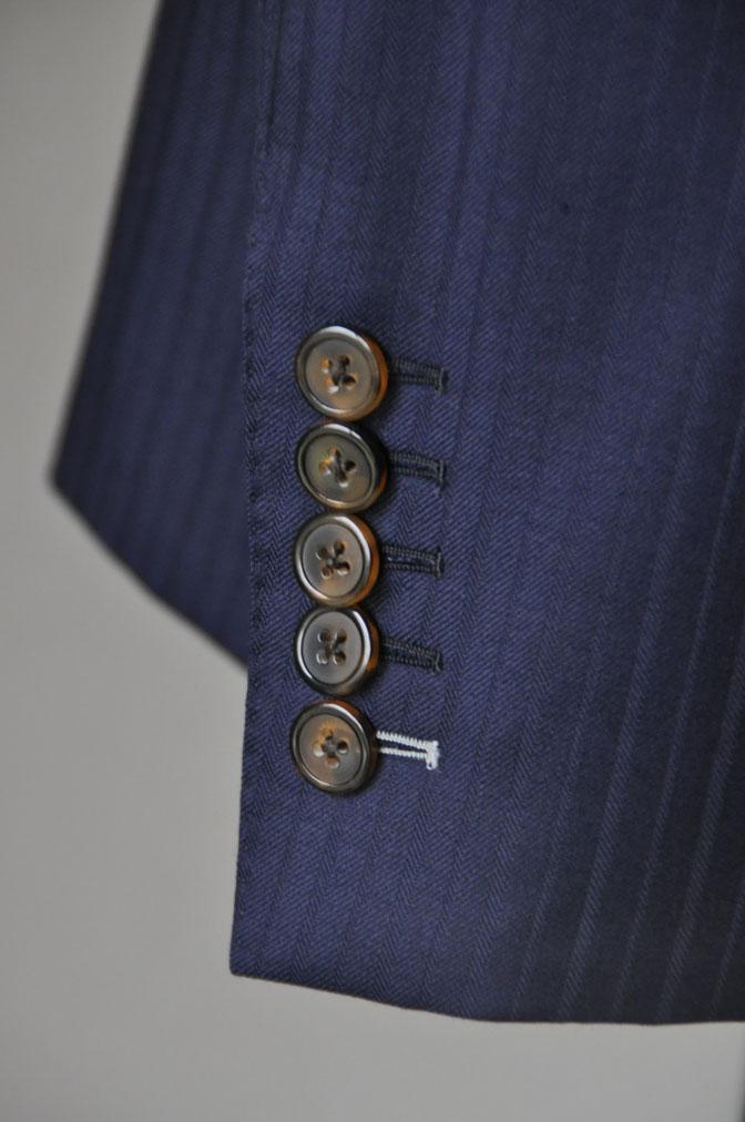 c94d2428fdb9fc7683dee965b0bc5695 お客様のスーツの紹介-御幸毛織 ネイビーシャドーストライプ-