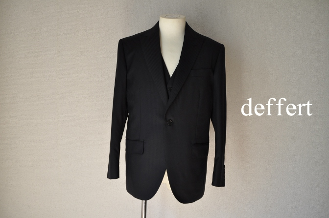 d46 お客様のスーツの紹介-CANONICO ブラックシャドーストライプスリーピース-