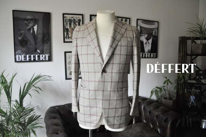 d6d177995c565a861c330d40c6d5847a お客様のジャケットの紹介-TALLIA DI DELFINO ベージュ/レッドウィンドペン-