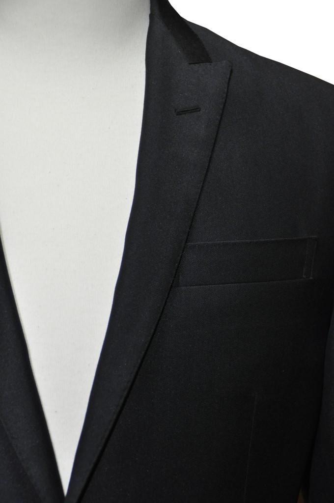 miyoshid-680x1024 オーダースーツ-テーマはロックのブラックスーツ